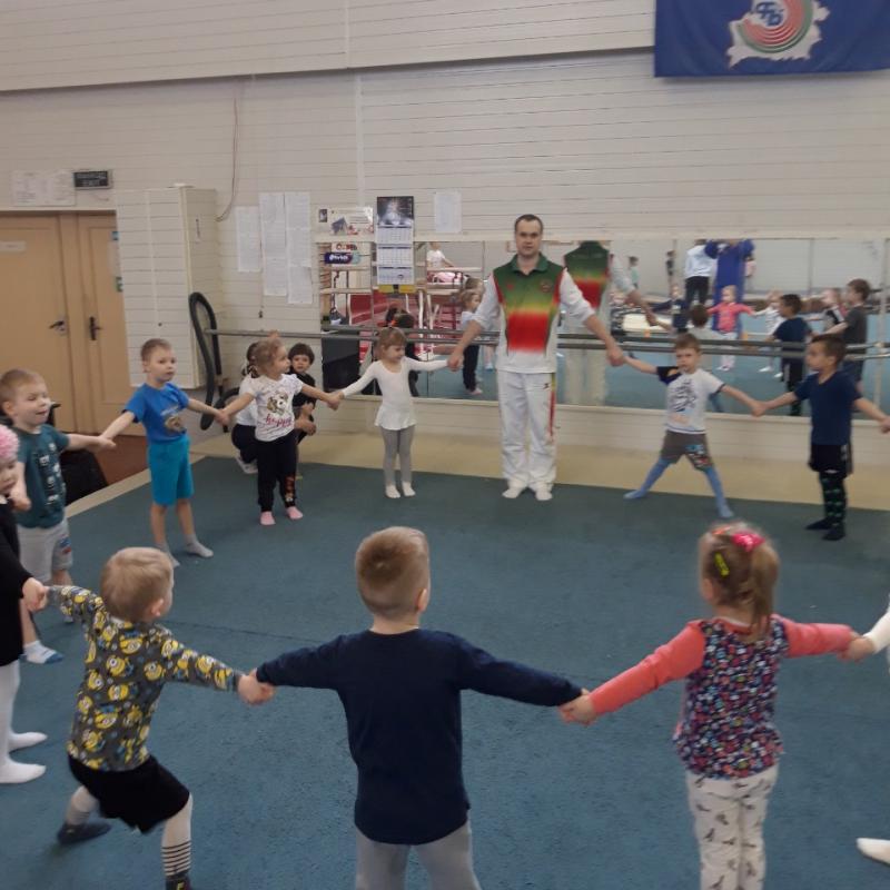 Мир Гимнастики - оздоровительная гимнастика для малышей от 3-х лет